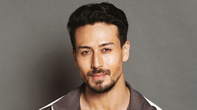 Tata Mumbai Marathon announces Tiger Shroff as Face of the Event